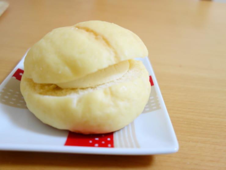 生クリームメロンパン