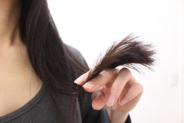 ダメージのある髪