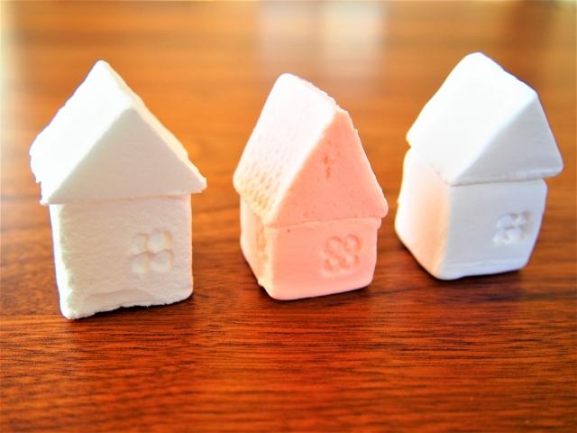 粘土で作った家