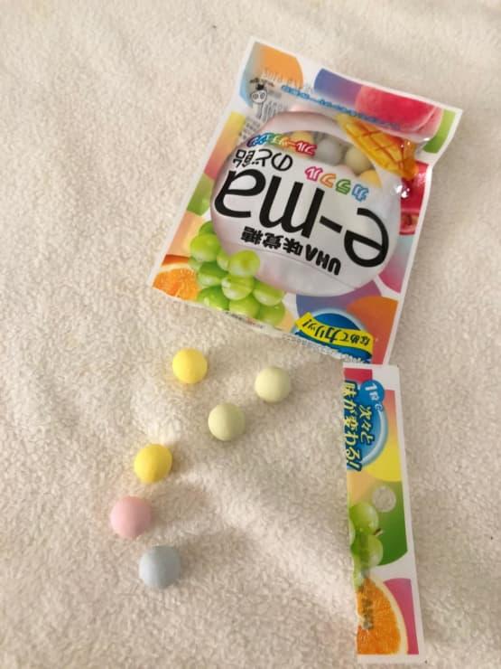 味覚糖 e-maのど飴小袋カラフルフルーツチェンジ